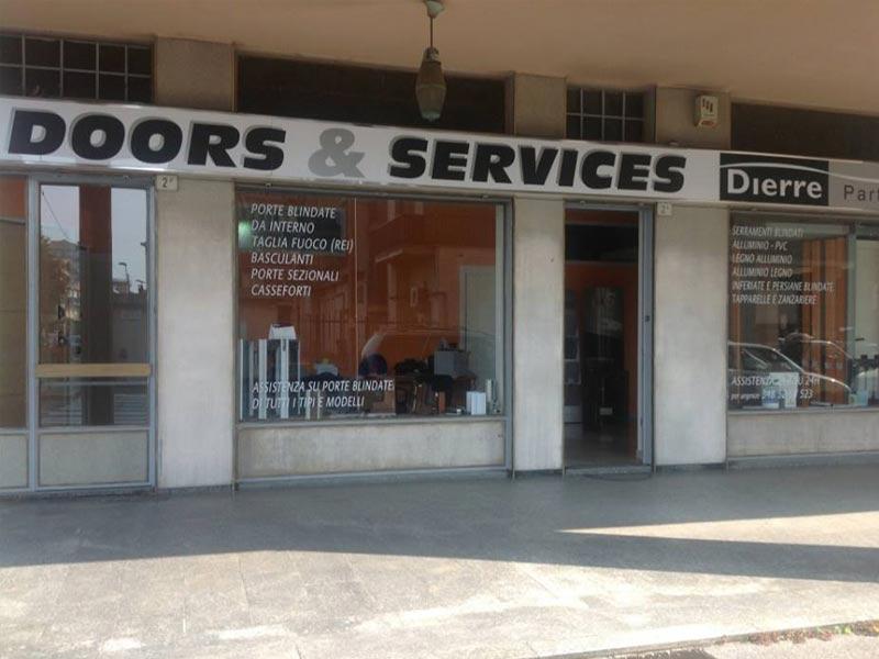 Produzione porte serrature e serramenti Torino | Doors & Services ...